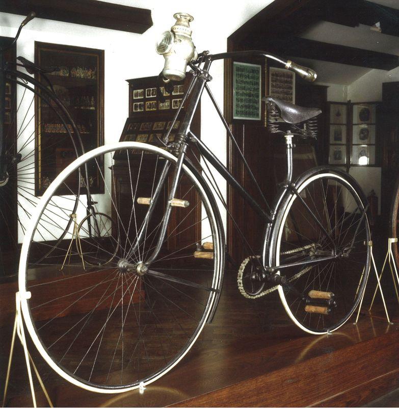 Bicyclette de sécurité, ca. 1900, Musée Frederic Marès