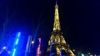 - Nous, on marche sur la Tour Eiffel, On court les pieds en l'air, on est comme ça -