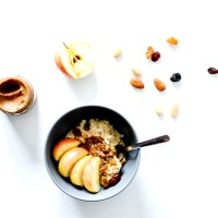 Porridge gourmand d'automne - Pommes, Raisins & Pâte à tartiner