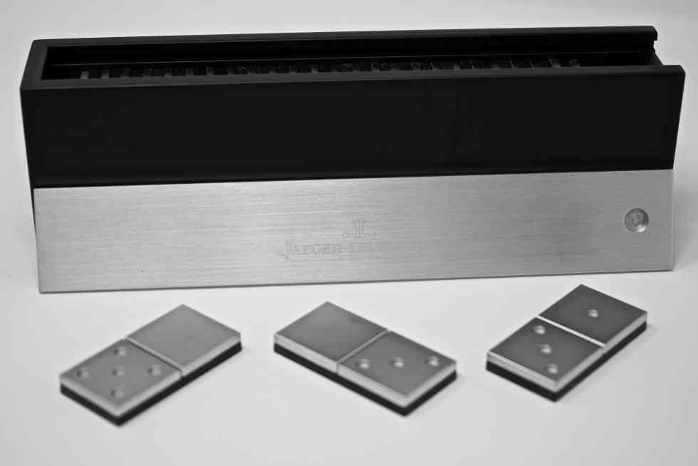 Les Coups de Coeur - Design - Dominos Jaeger Lecoultre par l'Atelier Roger Pfund