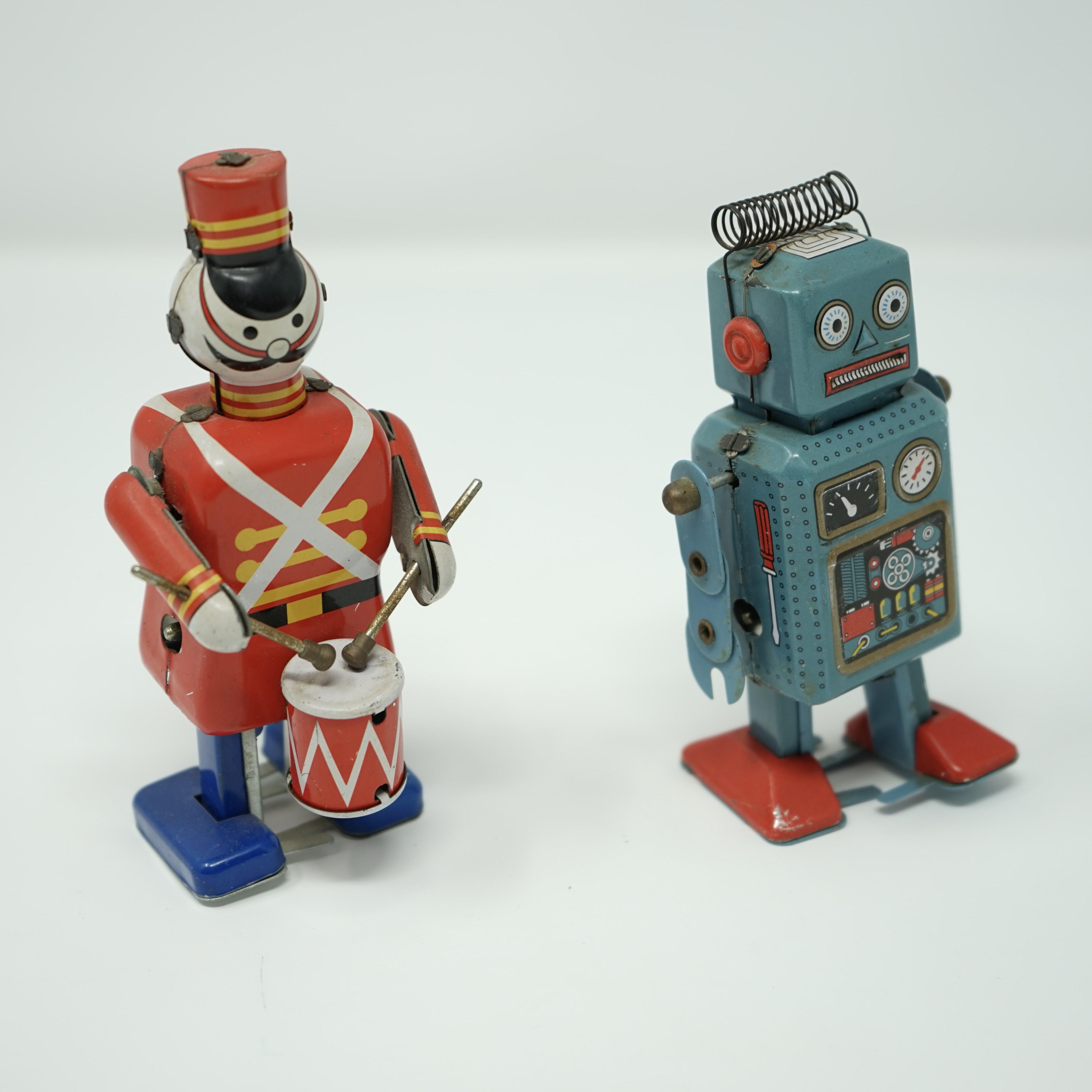 Soldat et Robot Mécaniques