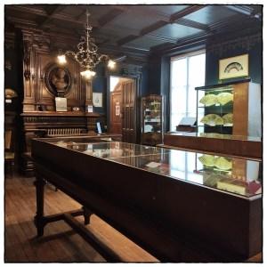 Les Croqueuses de Paris au Musée de L'Éventail