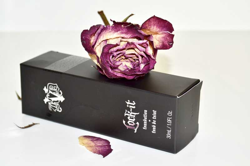 Fond de teint Lock It de Kat Von D : un top ? - Les