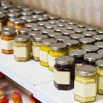 Épicerie fine Entrevaux : produits locaux : miel; moutarde, tapenades ...