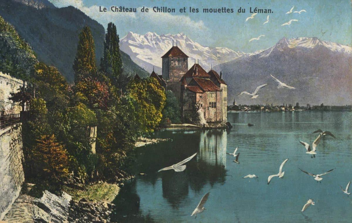 Carte postale. Le château de Chillon et les mouettes du Léman