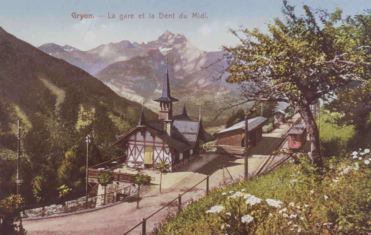 Carte postale. Gryon - La gare et la Dent du Midi