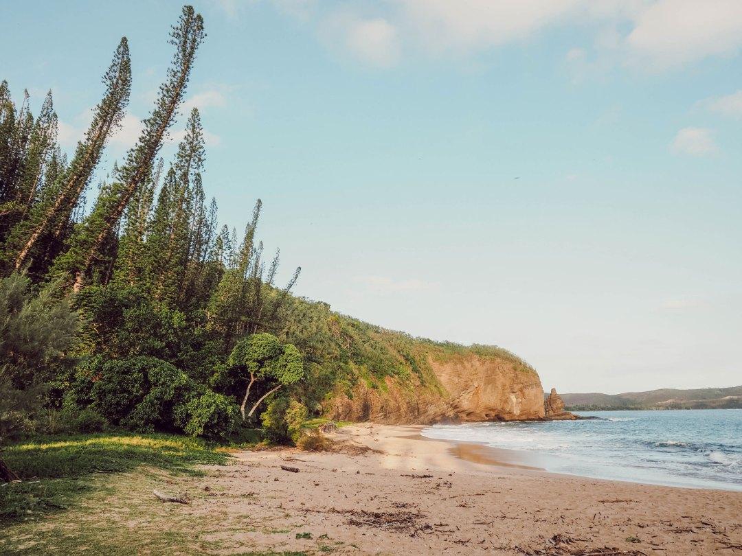 La plage de la roche percée - Lesdeuxchouettes.fr
