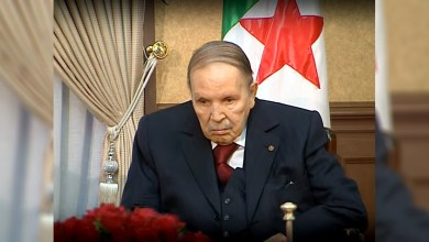Photo de Bouteflika, seul au monde ?
