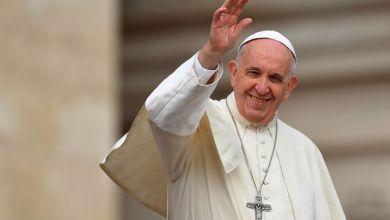 Photo de Le pape François atterrit à Rabat