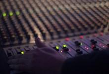 Photo de Apprentissage de l'anglais: diffusion d'un nouveau programme radio
