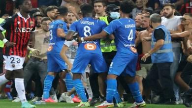 Photo de Ligue 1: le match Nice-Marseille arrêté après de violents débordement (VIDEO)