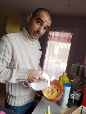 Papa fait la mayo, miam