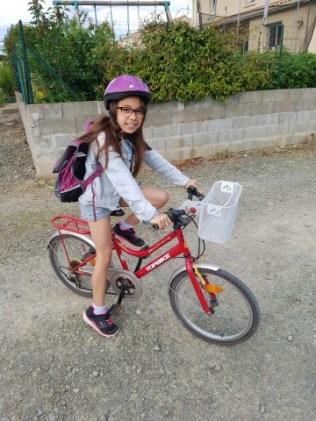 En route pour l'école à vélo