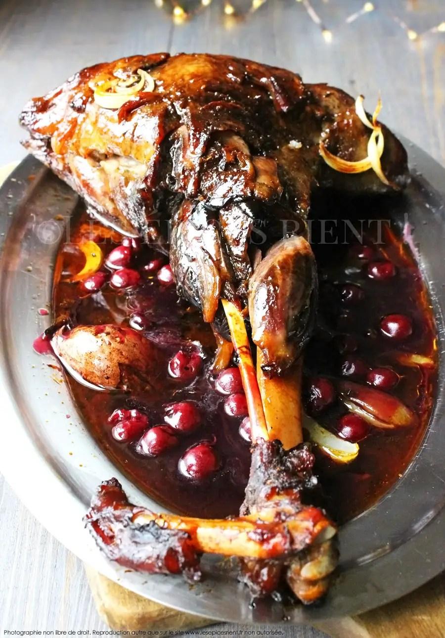 Cuisson Sanglier Au Four : cuisson, sanglier, Sanglier, Rôti, Mijoté, Four,, Sauce, Onctueuse, Griottes, épices, Rient