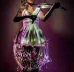 Violoniste électro en lumière