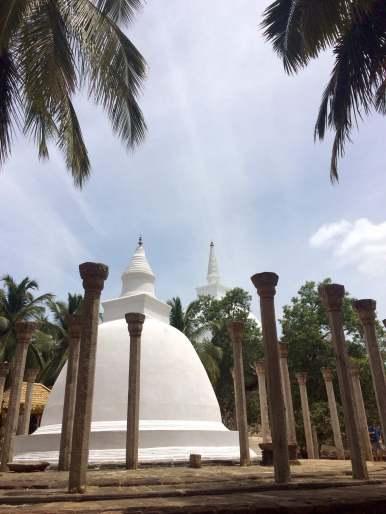 sri-lanka-mihintale-pagode