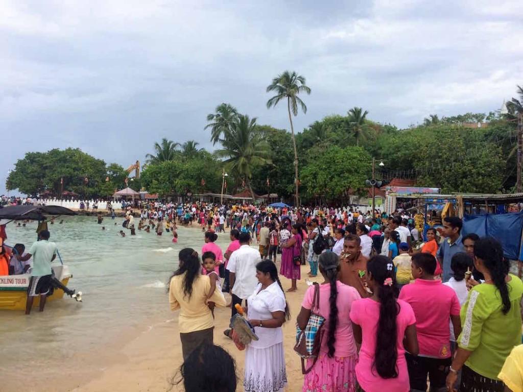 sri-lanka-unawatuna-festival-plages-sud