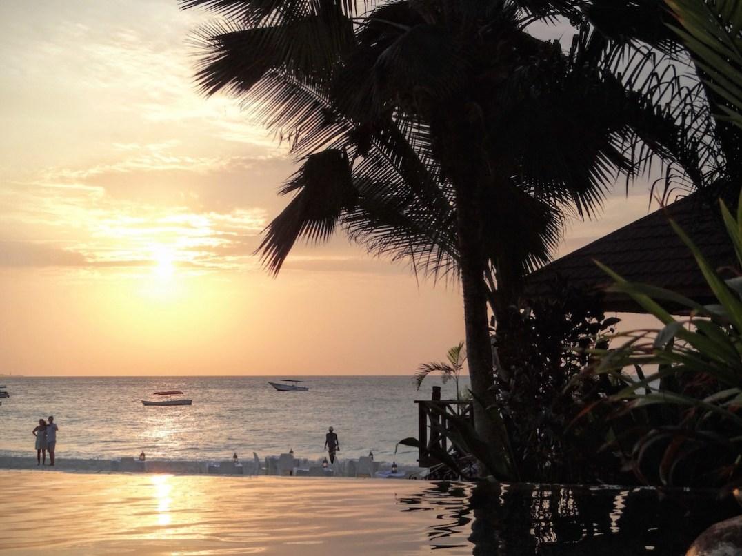 coucher de soleil au Z Hotel à Zanzibar