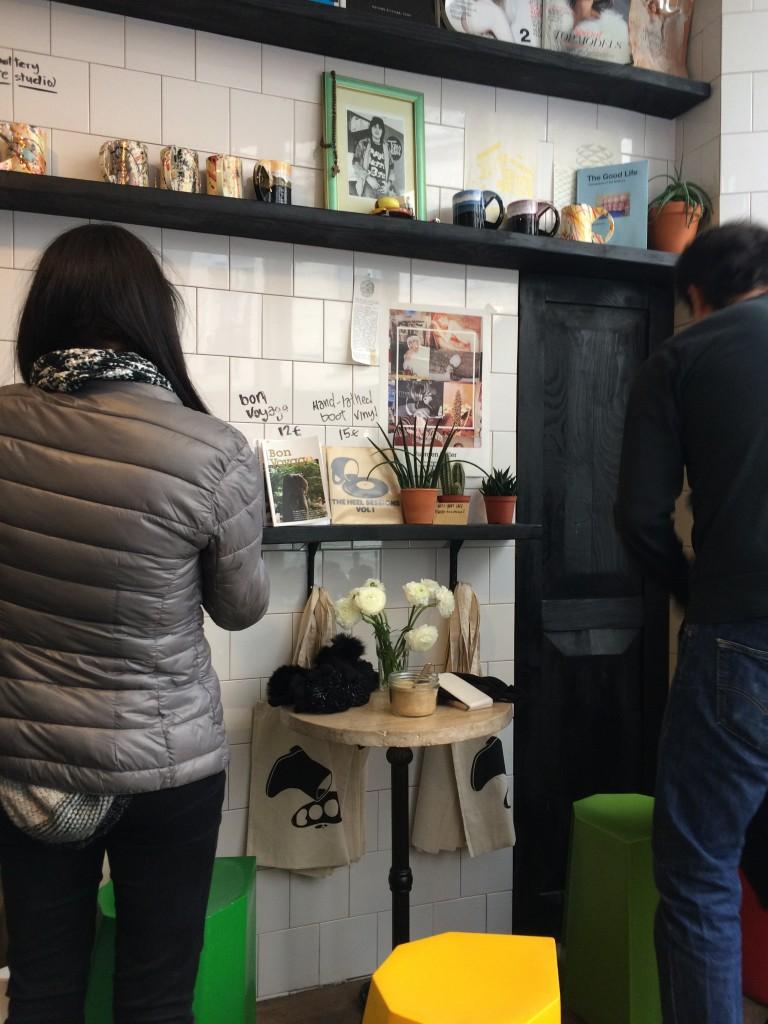 boot-cafe-paris-coffee-shop-inside