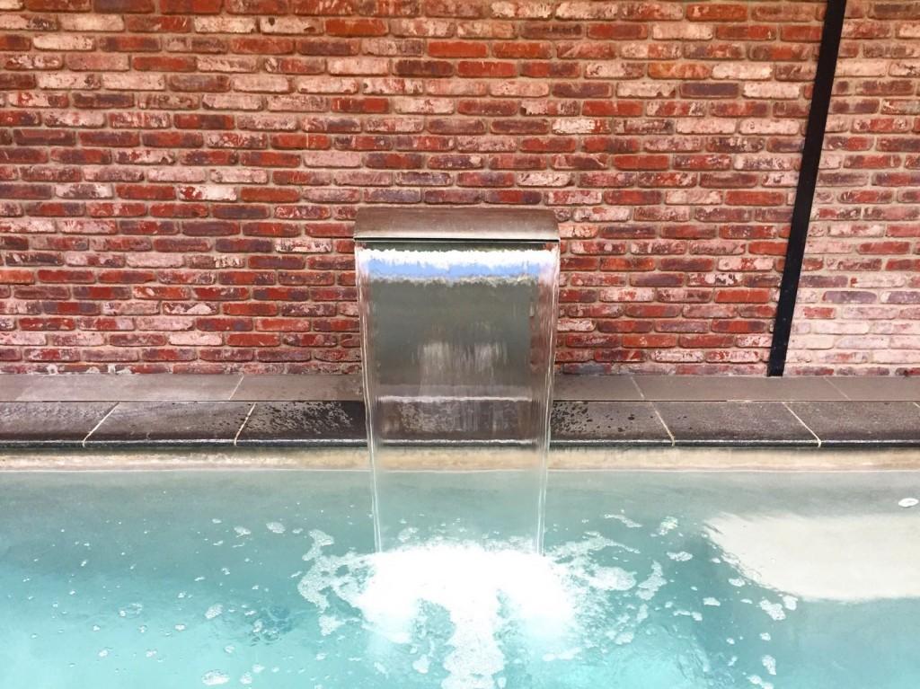 l-echappee-paris-spa-urbain-piscine-details