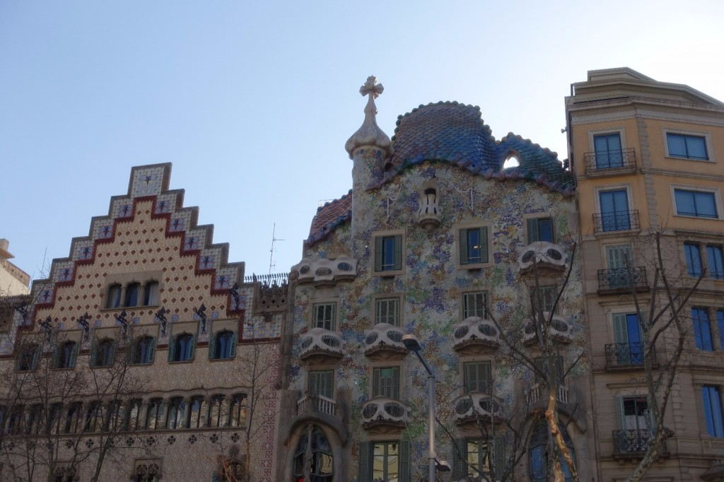 les-exploratrices-barcelone-passeig-de-gracia-gaudi
