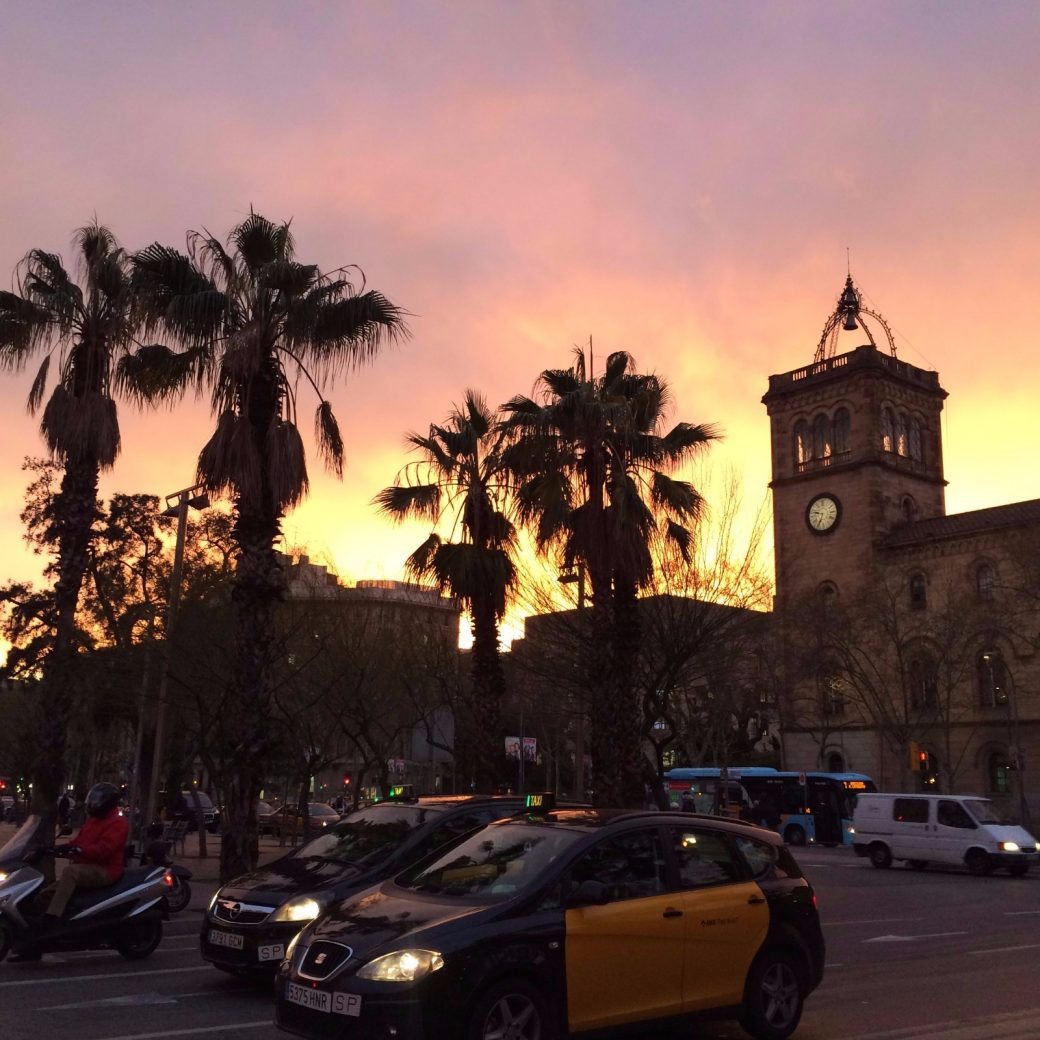 les-exploratrices-barcelone-sunset-universite