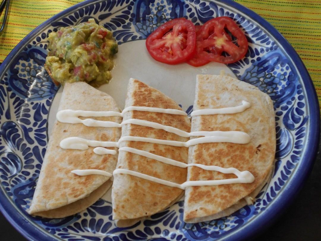 Quesadillas-de-pollo-chez- Rincón-Poblano