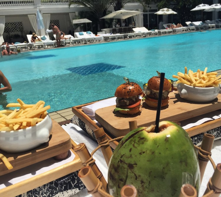belmond-rio-lunch-pool