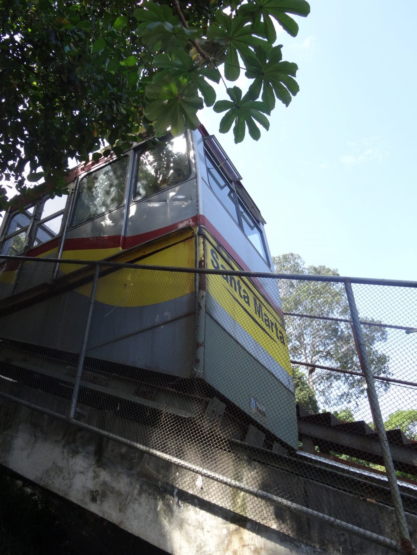santa-marta-favela-tram