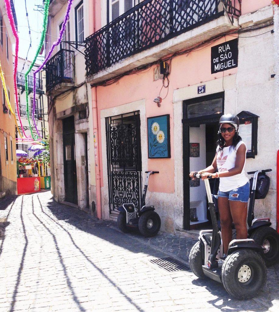 lisbonne-explorer-ville-Alfama en segway