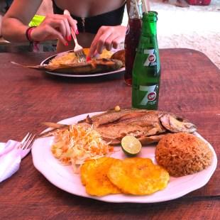 colombie-dejeuner-mucura-poisson