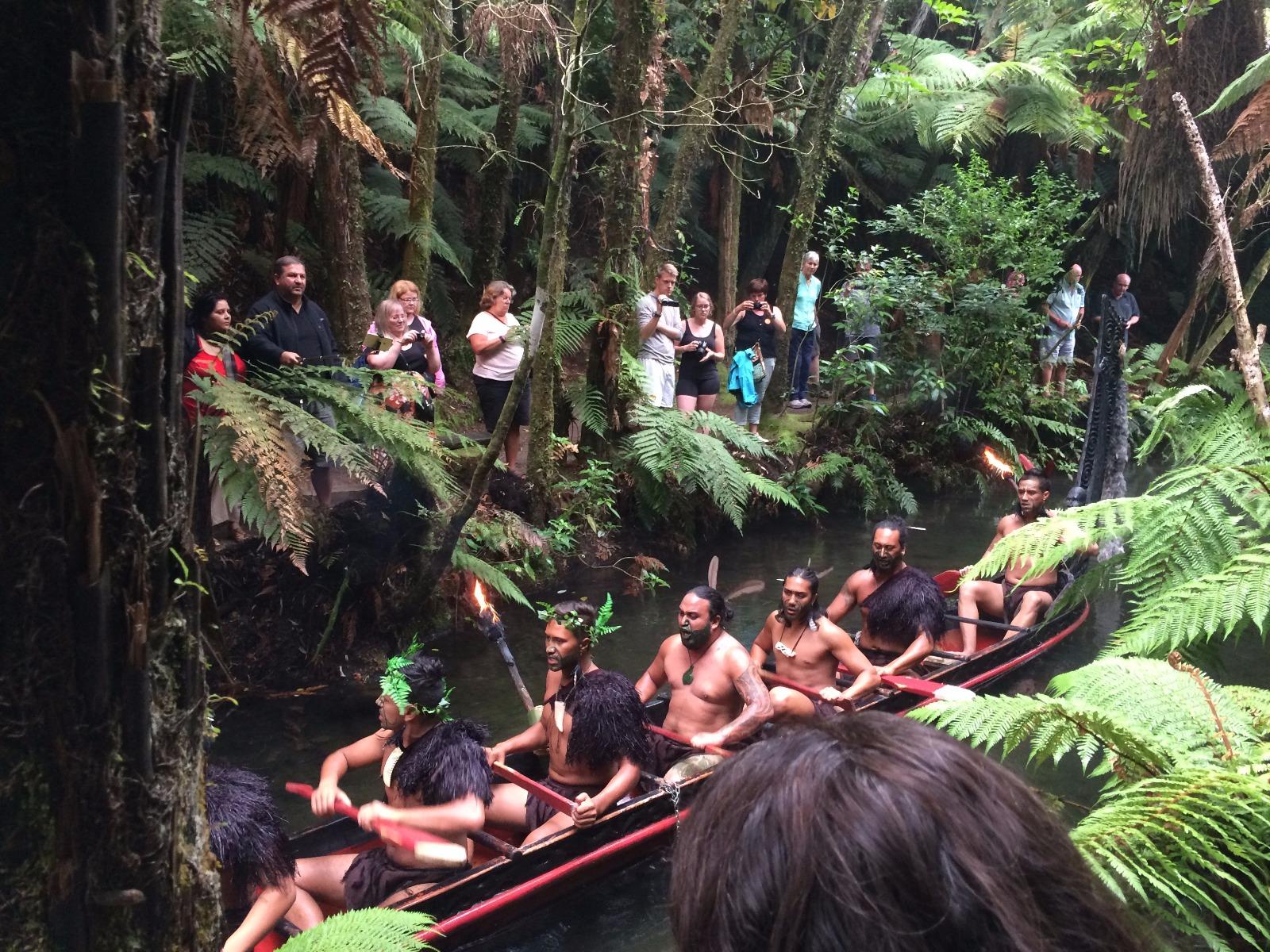 village maori sur l'île du nord de nouvelle-zélande