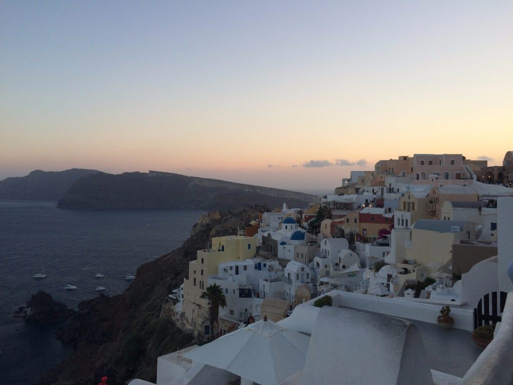 les-exploratrices-sunset-santorin-oia