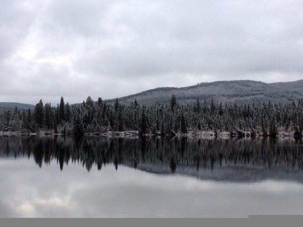 pyramid-lake-canada-alberta
