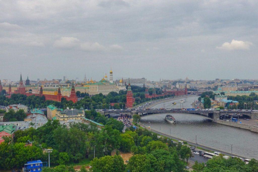 les-exploratrices-moscou-russie-fanny-kremlin-vu-de-haut