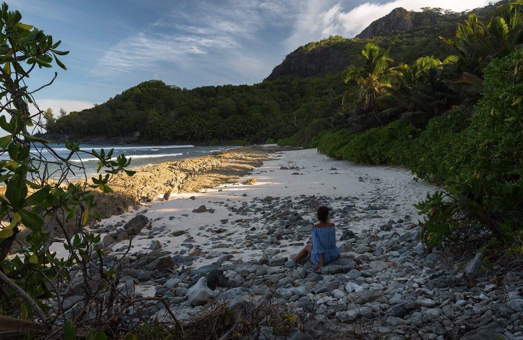 les-seychelles-anse-lascar-silhouette-les-exploratrices