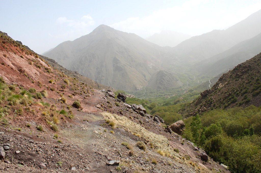 maroc-lily-les-exploratrices-randonnee-village-berbere