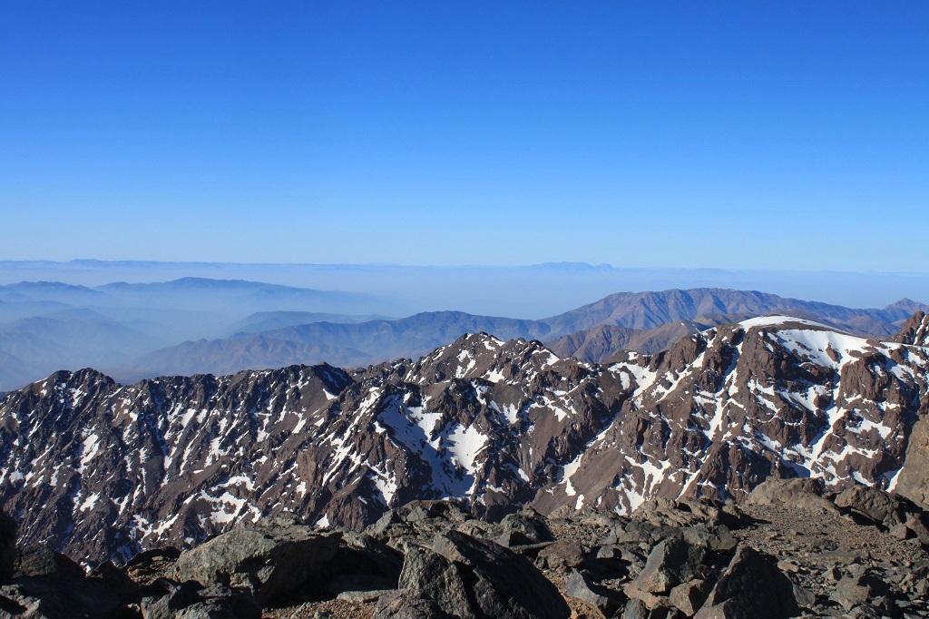 maroc-toubkal-lily-les-exploratrices-sommet
