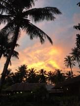 partir en surftrip en Indonésie et admirer les sunsets