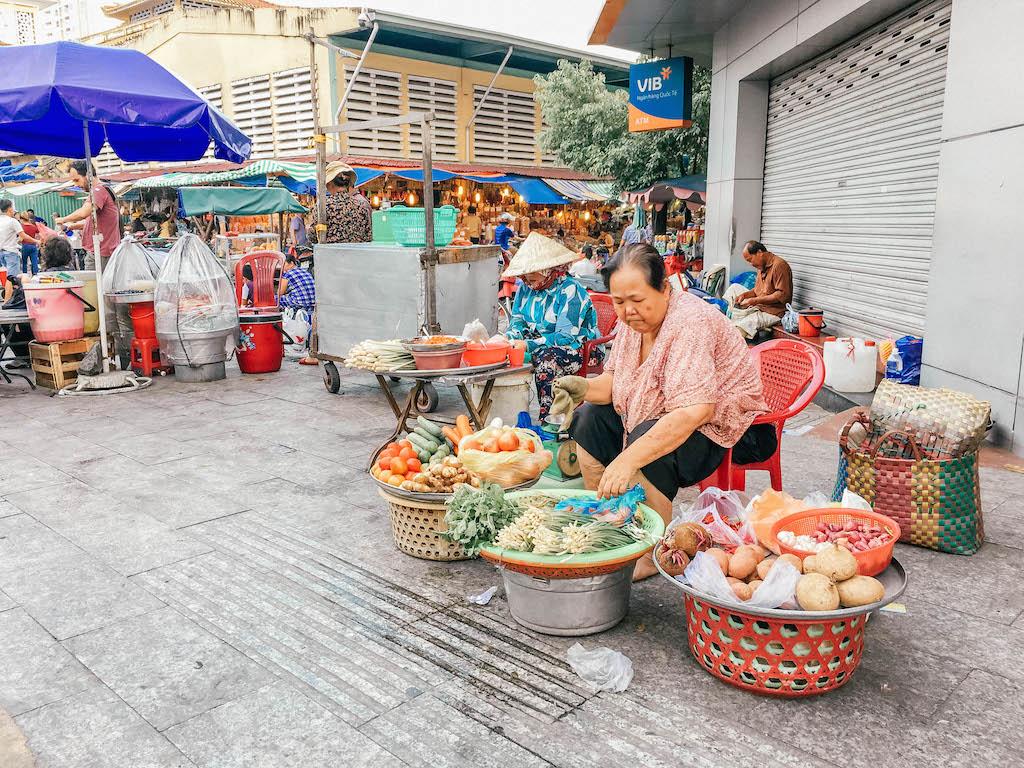 vietnam-airlines-marche-saigon-explorer-le-vietnam