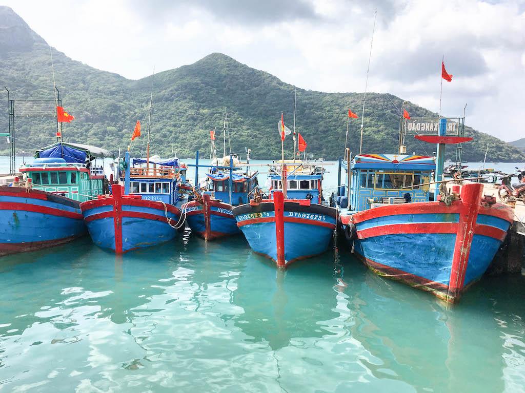 vietnam-airlines-pecheur-archipel-con-dao-explorer