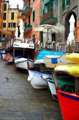 weekend-italie-cinque-terre-riomaggiore-bateaux
