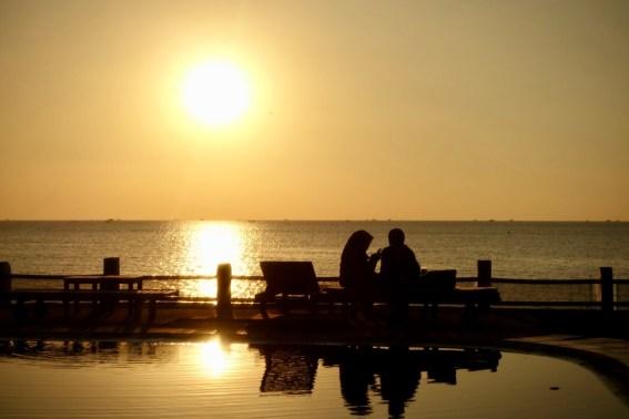 indonesie-jepara-sunset-femmes