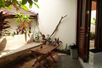 indonesie-karimunjawa-ayu-hotel-terrasse