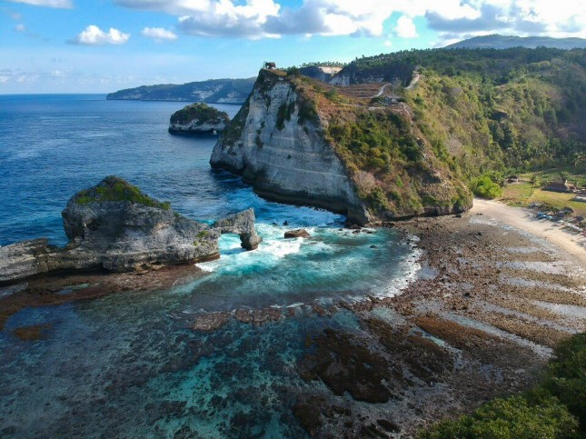 nusa-penida-bali-atuh-beach-drone-quintillions-prod