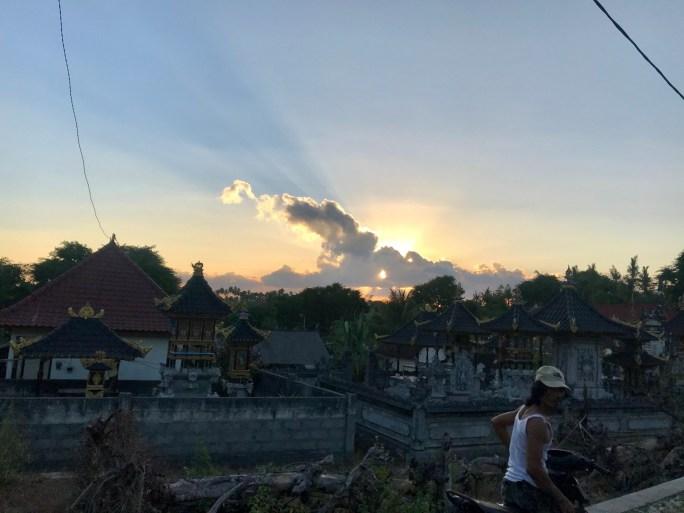 nusa-penida-bali-sunset-route