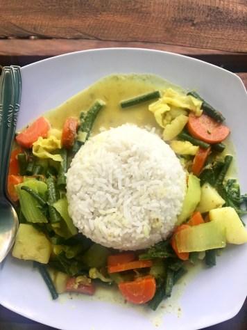 Curry végétarien au Warung Nengah Mesin