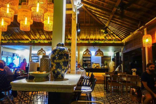 voyage-a-bali-canggu-restaurant-ulekan-decoration