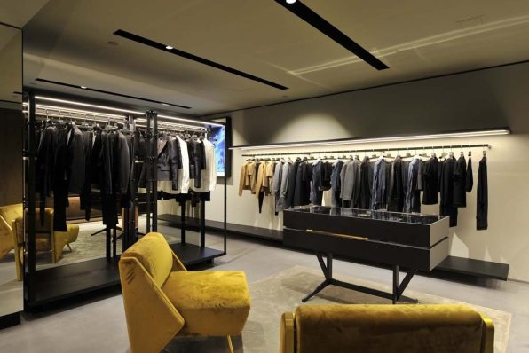 DSQUARED FIRST AMERICAN STORE IN LOS ANGELES 5