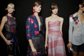 GIORGIO ARMANI SPRING 2016 RTW COLLECTION
